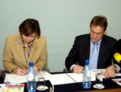 Potpisivanje ugovora između Ministarstva i Instituta za turizam