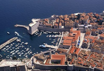 Slika /arhiva/Dubrovnik_by_air.jpg